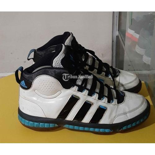 Sepatu Adidas Basket Branded Size 41 Bekas Like New Nominus - Surabaya