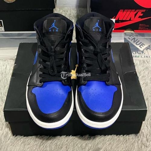 Sneakers Nike Air Jordan 1 Mid Royal Blue Size US 8.5 Second VVNDS - Tangerang