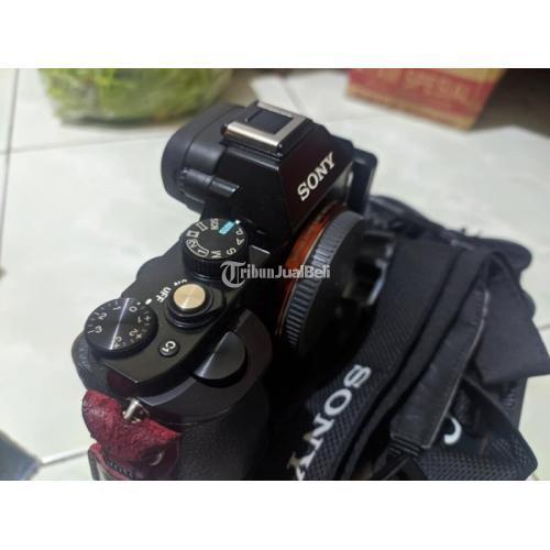 Kamera Sony A7 Body Only Fullset  2 Baterai Bekas Normal Bebas Jamur - Semarang