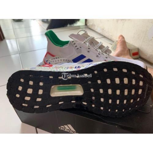 Sepatu Adidas Ultraboost 20 Orginal Size 42 Second Like New Original - Bekasi