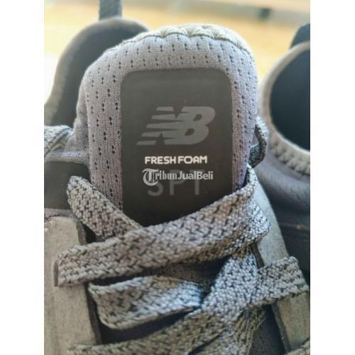 Sepatu New Balance Fresh Foam Sport V2 Grey Original Baru Size EU 42 - Semarang