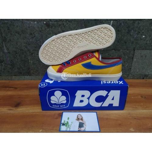 Sepatu Compass Gazelle BCA Xpresi seri Anastasia Bacas Napitupulu Low Size 44 - Jogja