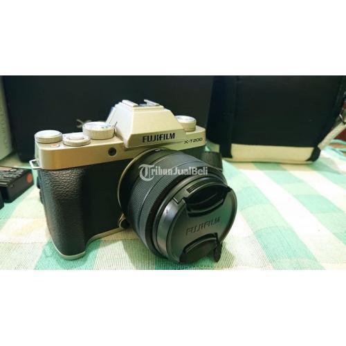 Kamera Fujifilm XT200 Bekas Mulus Bebas Jamur Harga Nego - Magetan