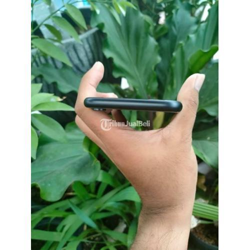 HP Apple iPhone XR 64GB Bekas Inter Fullset Mulus Like New Normal - Surabaya