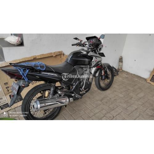 Motor Honda Tiger 2001 Bekas Kondisi Normal Harga Murah Nego - Malang