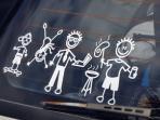 Wah! Kelihatannya Unik dan Lucu, Tapi Ternyata Sticker Semacam Ini Mengandung Bahaya Besar Bagi Keluarga