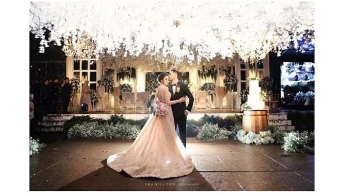 Dibalik Mewahnya Pernikahan Syahnaz, Ada Satu Hal yang  Membuat Para Tamu 'Kecewa'