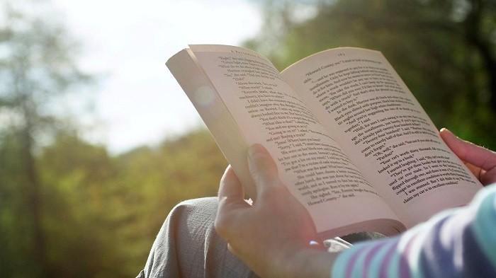 Biar Tak Cepat Rusak Begini Cara Merawat Buku Novel Atau Komik Blog Tribunjualbeli Com