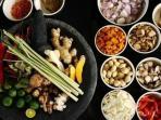 7 Tips Menyimpan Bahan Makanan di Dapur Agar Awet dan Tahan Lama