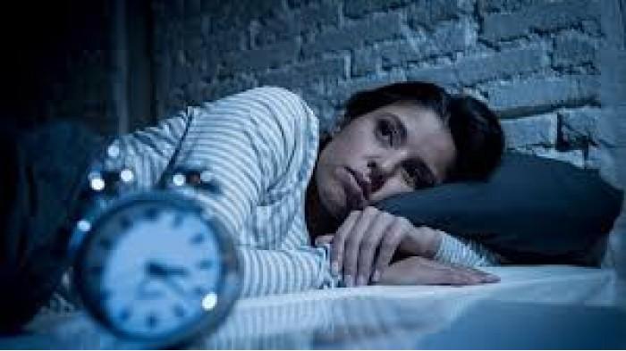 Ternyata Punya Kebiasaan Terbangun Tengah Malam Bisa Jadi Tanda Bahaya Lho