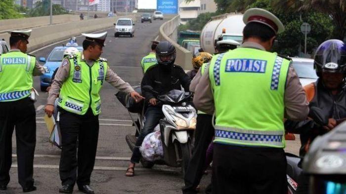 Asal Pasang Pelat Nomor Kendaraan Bisa Kena Denda Rp 500 Ribu, Ini Aturan Lengkapnya