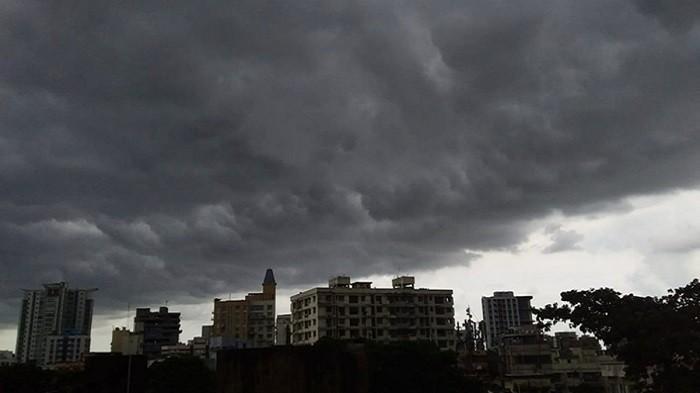 5 Bentuk Awan Ini Jadi Tanda Hujan Akan Turun