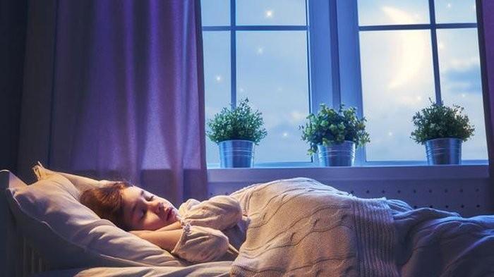 Begini Tips Bikin Kamar Tidur Tetap Dingin di Cuaca yang Panas Saat Ini