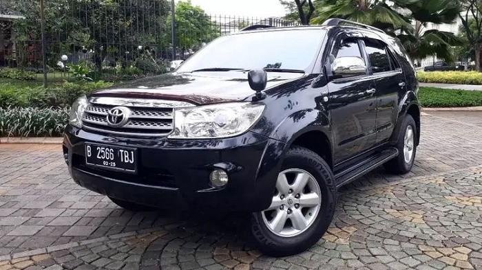 Cek Harga Mobil SUV Toyota Fortuner Bekas, Banderol Murah Rp 100 Jutaan
