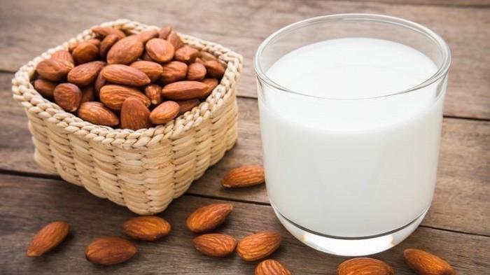 Coba Lirik Susu Almond untuk Diet, Ini 8 Manfaatnya yang Jarang Diketahui