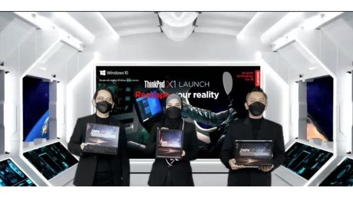 Dok. Nextren (Randy) Para petinggi Lenovo saat memamerkan jajaran seri ThinkPad X1 terbaru, Kamis (4/3).