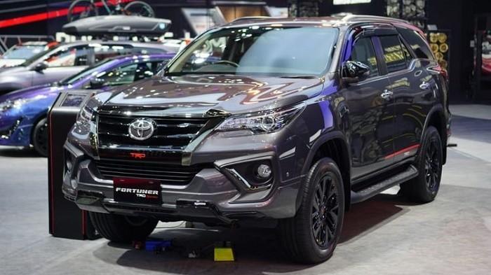 Cek Daftar Harga SUV Toyota Fortuner Diesel Setelah Dapat PPnBM 0 Persen