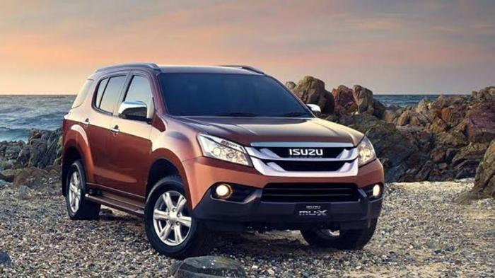 Cek Harga Mobil SUV Isuzu MU-X 2016 Bekas Per April 2021