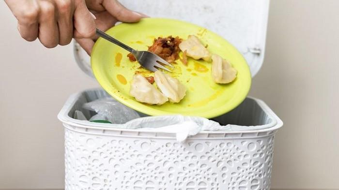 Hilangkan Bau Tempat Sampah di Rumah dengan 5 Bumbu Dapur Ini