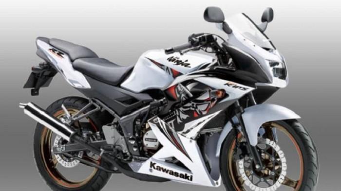 Cek Biaya Servis dan Daftar Harga Spare Part Motor Sport Kawasaki Ninja 150RR di Bengkel Spesialis