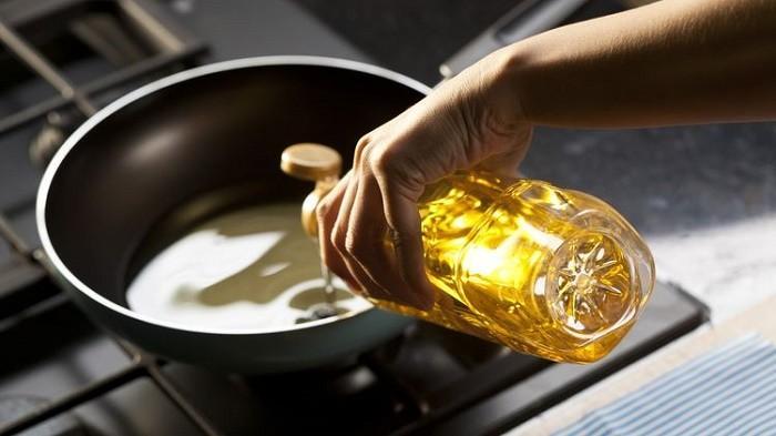 Jangan Asal Buang Minyak Jelantah di Lubang Wastafel, Waspada Ini yang Akan Terjadi