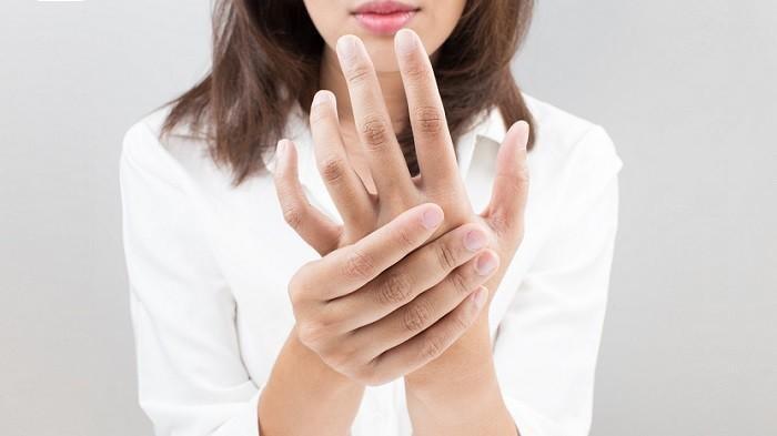 Tangan atau Kaki Sering Kesemutan? Kenali Gejala dan Penyebab Adanya Penyakit Serius yang Mengintai Anda