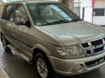 Cek Harga Mobil Bekas Isuzu New Panther Tahun 2012 Per Juli 2021